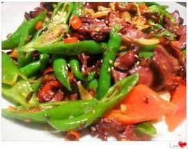 青红椒爆炒牛肉片