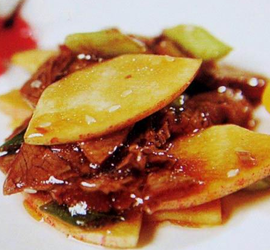 苹果炒牛肉片