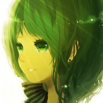 求这个绿发绿眸女生头像的原图的少女!动漫不能小便图片