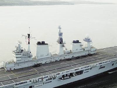 卓越航空母舰