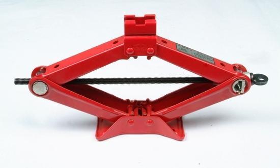 英文名称:scissor jacks 剪式千斤顶是一种起重设备,主要用于小吨位