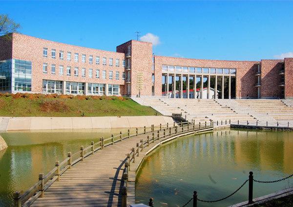 沈阳医学院图书馆