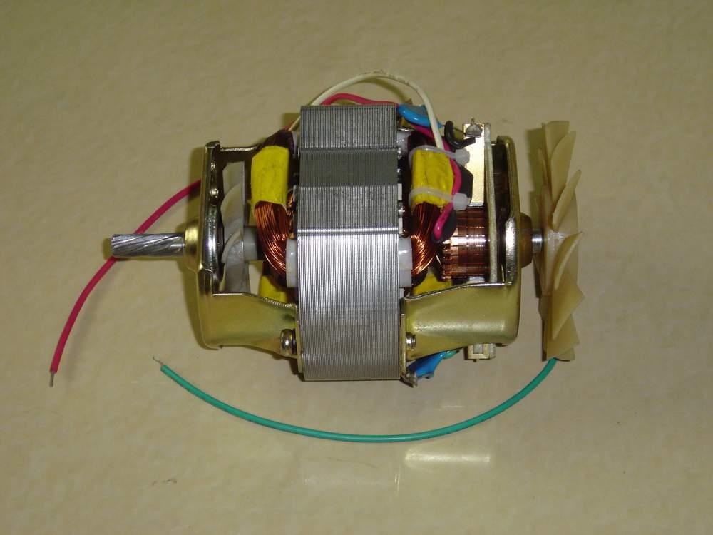 交流电机功率的覆盖范围很大,从几瓦到几十万千瓦,甚至上百万千瓦.