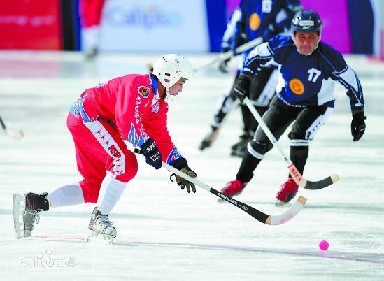 四人冰球_设男女2个小项,每队为四人.